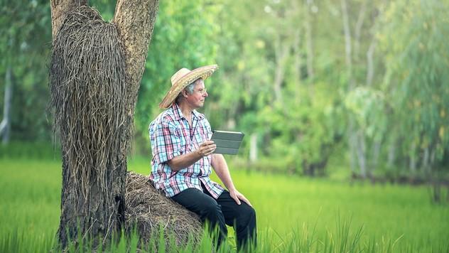 Moderan poljoprivrednik © Pixabay