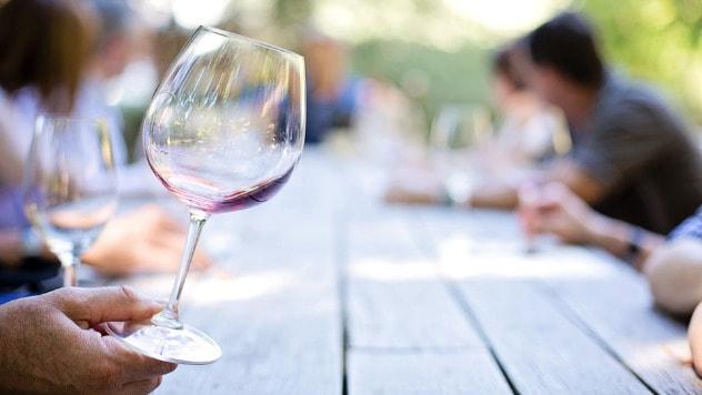 Čaša vina © Pixabay