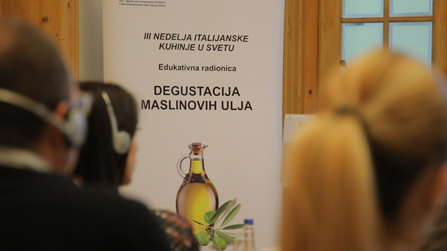 Degustacija maslinovog ulja © Agromedia