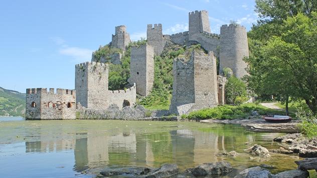 Tvrđava Golubac na Dunavu - © Pixabay