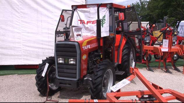 Traktor Tafe kompanije Agrogas - @Agromedia
