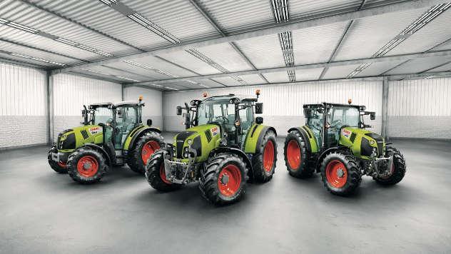 Traktori - iz arhive fotografija kompanije