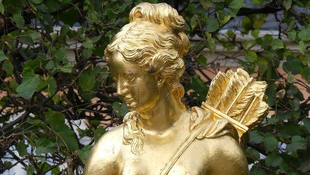 Statua Artemide, boginje lova