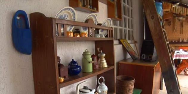 Posuđe u etno-avliji © Foto: Mirjana Stepić