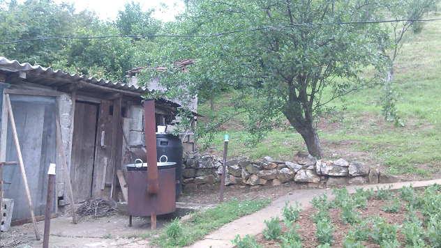 Bašta pre sređivanja © Foto: Ana Blagojević