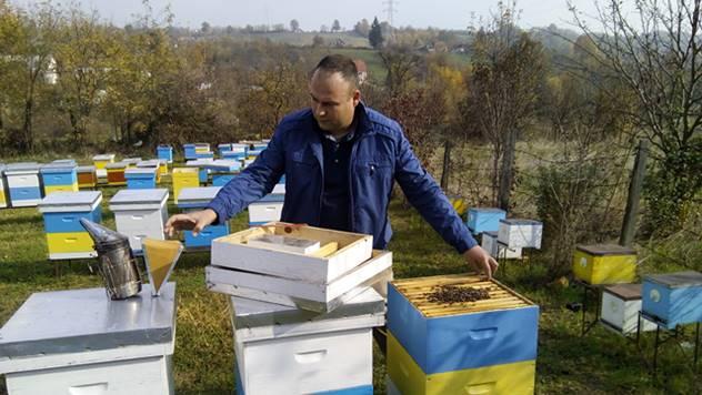 Ljubav prema pčelarstvu rodila sena fakultetu - © Dejan Davidović/Agromedia