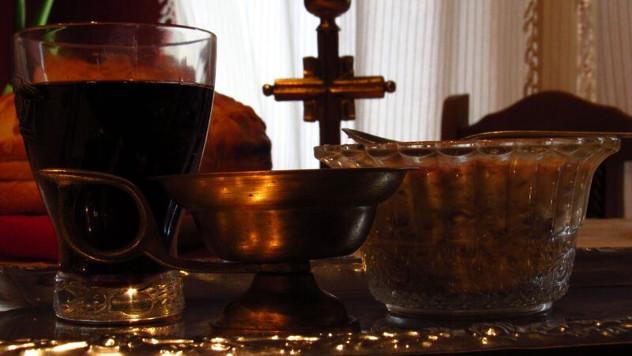 Slavski kolač, vino, žito i sveća - foto: Miloš Topi Miladinović
