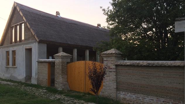Kuća od prirodnih materijala - © Dragana Kojičić