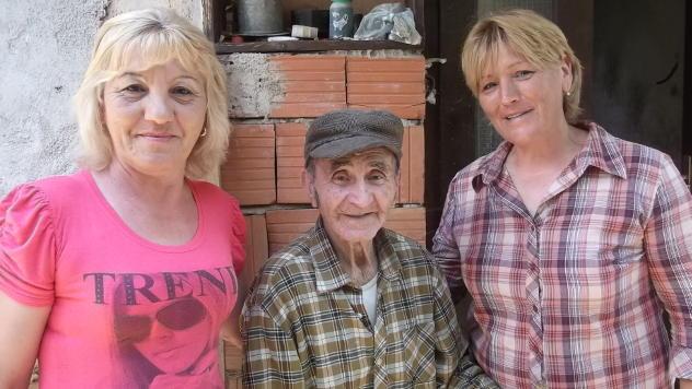 Članice udruženja žena Temštanka pomažu starima u svom kraju - © Foto: Gordana Simonović Veljković