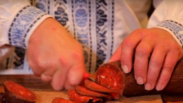 Petrovska klobasa: Stara receptura prolazi i kod novih kupaca - © Agromedia