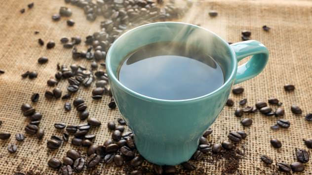 Kofein sužava krvne sudove i tako smanjuje glavobolju - © Pixabay