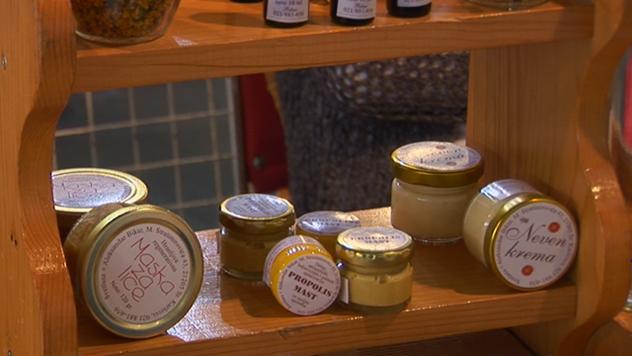Pravljenje kozmetičkih preparata od meda - © Agromedia