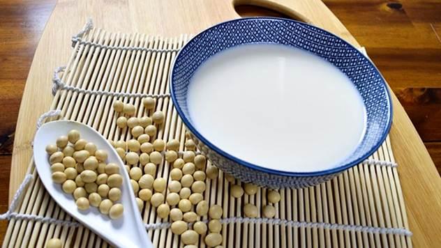 Zamene za mleko siromašne su kalcijumom - © Pixabay
