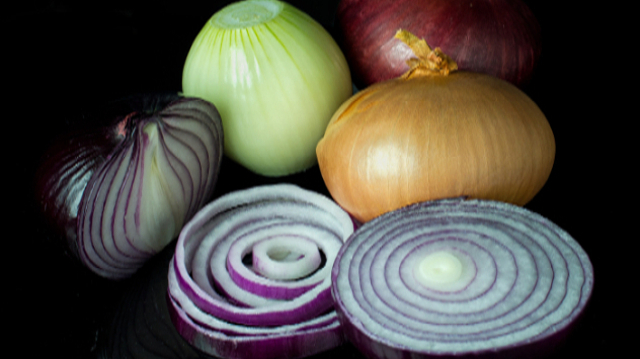 Crni luk – povrće koje možete ubrati u svakoj bašti!