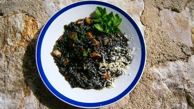 Crni rižoto od sipa