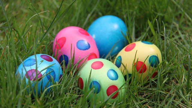 6 starih trikova domaćica za farbanje jaja