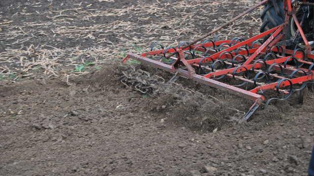 Rad tanjirača zavisi od tipa zemljišta