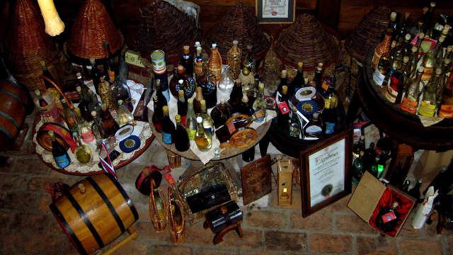 U čast predaka i potomaka osnovao Muzej rakije!