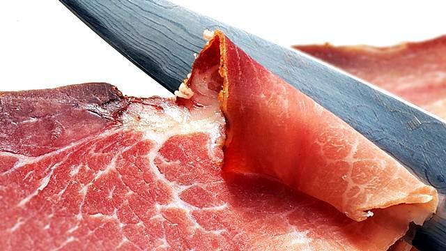 Jedite slaninu, dobra je za zdravlje!
