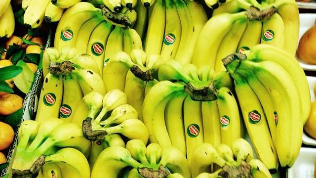Evo šta znače nalepnice na voću koje kupujete u prodavnicama!