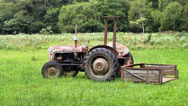 Treba vam novi traktor? Evo kako da konkurišete za njega!