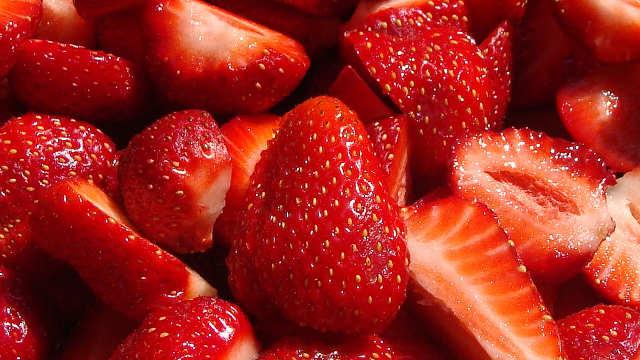 Otkrivamo vam kako da ostvarite vrhunski prinos i kvalitet jagoda!
