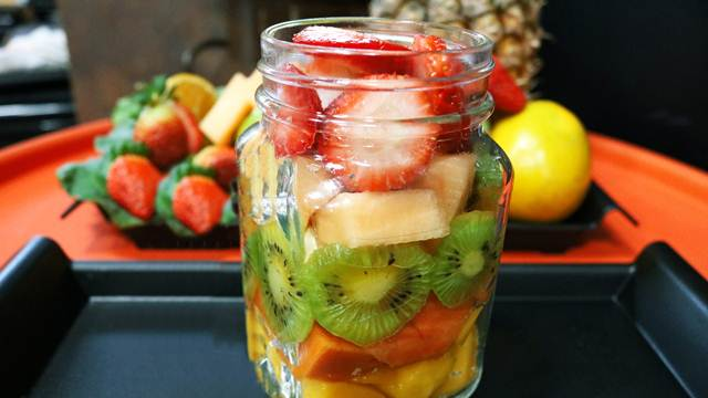 Kako da konzervirate sveže voće bez šećera