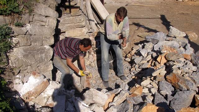 Zanat koji izumire: Najmlađi proizvođači kreča u trsteničkom kraju