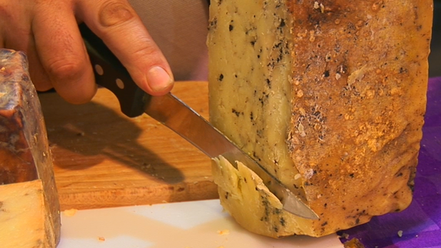 Proizvodnja tvrdog sira između zanata i umetnosti