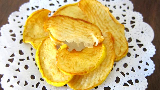 Čips od jabuke - savršena slatka grickalica