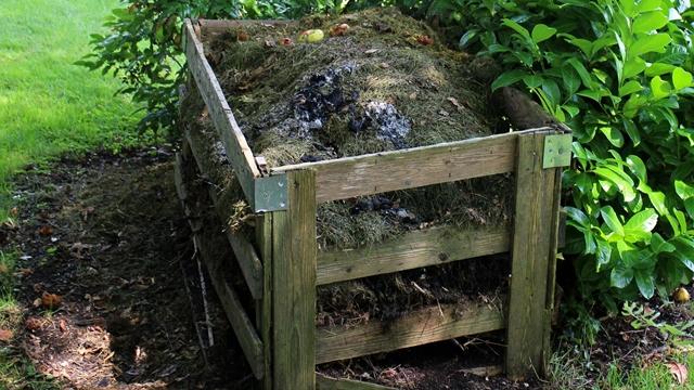 """Kako napraviti tečni kompost ili """"čaj od komposta"""""""