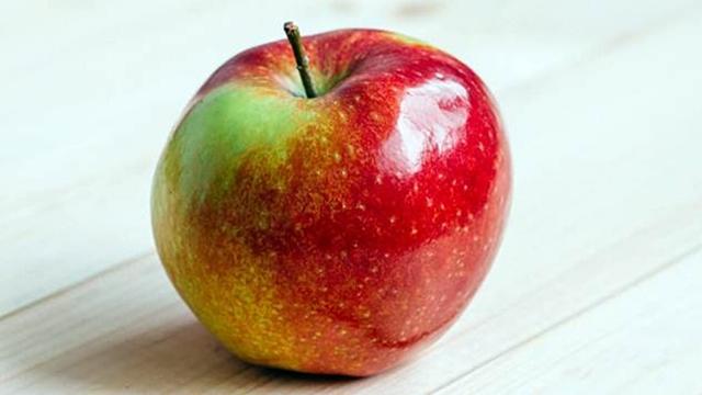 U toku je piljenje treće generacije jabukinog smotavca