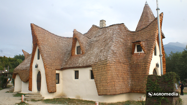 Neobično selo u Rumuniji privlači brojne turiste