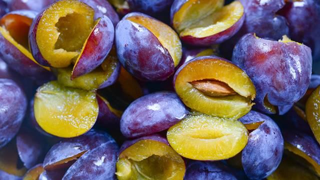 Cena svežeg ploda niska, a proizvođači ipak ne žele da suše šljive