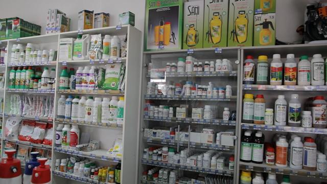 Besplatne savete poljoprivrednih apotekara neće niko da sluša