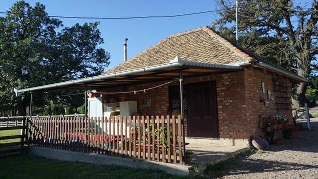Konkurs za kupovinu seoskih kuća sa okućnicom