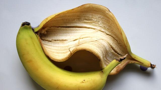 Prirodno đubrivo od kore banane - za lepe i zdrave biljke