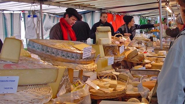 Podela sireva u Francuskoj - Kupac tačno zna šta kupuje