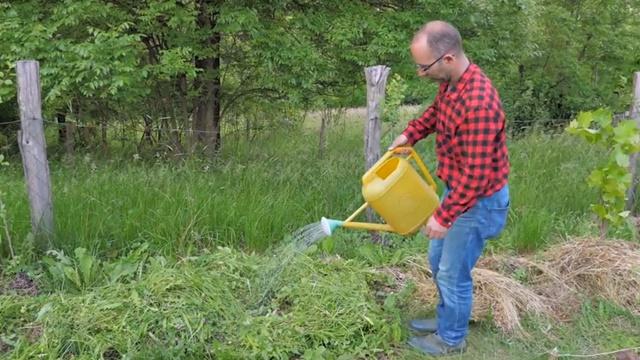 Za više plodova u vašem vrtu koristite organske biokompostere
