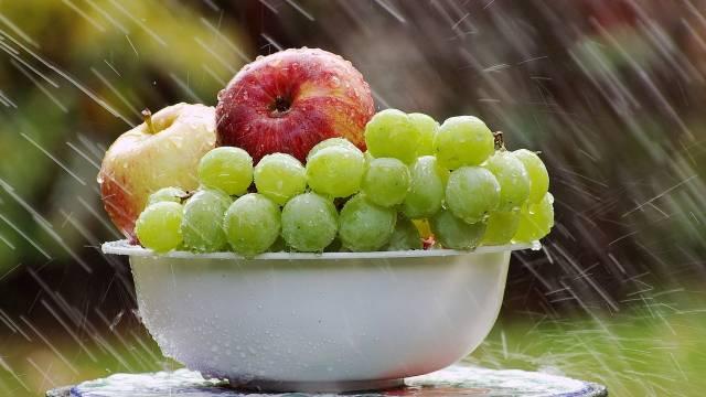 Jednostavan trik kako da produžite rok trajanja voća i povrća