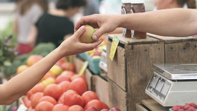 Kako treba prati sirovo voće i povrće tokom pandemije COVID-19?