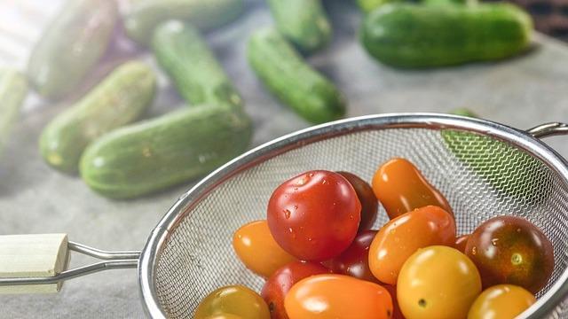 6 vrsta voća i povrća koje SIGURNO daju plodove ČAK i kad ih gajite U STANU