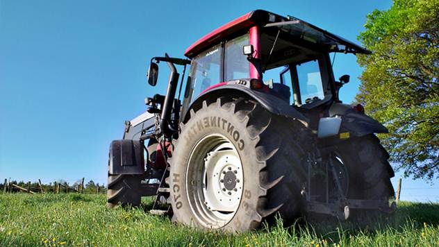 Ilustracija: kupovina novog traktora - © Pixabay