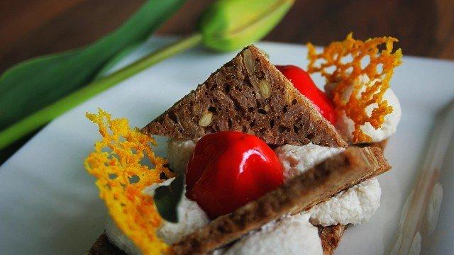 sendvič sa domaćim hlebom