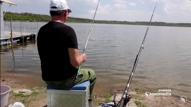 Pecanje na jezeru Paljuvi
